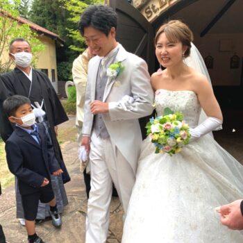 挙式で愛娘も活躍♪沢山のゲストに見守られた結婚式。